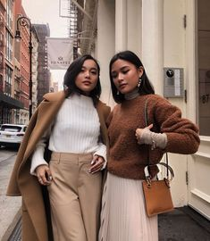 New Fashion Teenage Winter Jackets Ideas Fashion Blogger Style, Fashion Mode, New Fashion, Trendy Fashion, Boho Fashion, Winter Fashion, Fashion Outfits, Jackets Fashion, Fashion Ideas