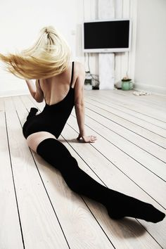 """Is it wrong that when I look at this photo, my first thought is: """"I love that FLOOR!"""" ^_~"""