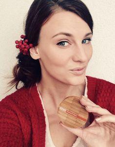 Julie Novotná, actrice Slovaque a testé et aimé #zaomakeup. Du coup elle a utilisé le maquillage ZAO pour son spectackle de fin d'année au Théatre !!! https://www.facebook.com/makenewday/photos/a.219900634878050.1073741828.219883261546454/430599743808137/?type=3&theater https://www.facebook.com/ZAOmakeupsk/ #makeupbio #maquillagebio #makeup
