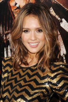 Tendances coiffure ondulés imparfaits Jessica Alba #hair