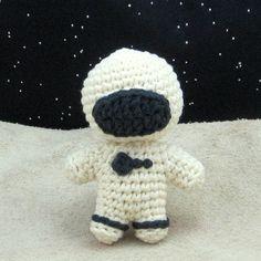 amigurumi astronaut