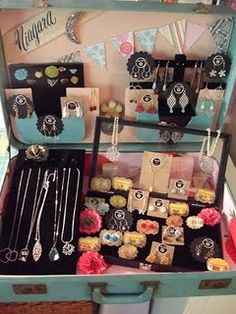 Josie Song Handmade: My vintage suitcase obsession Jewellery Storage, Jewellery Display, Jewelry Rack, Mirror Jewellery, Jewelry Armoire, Earring Storage, Jewelry Tree, Jewelry Holder, Earring Display