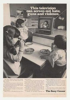 Sony Censor TVC-111U TV Television (1970) This would be in overdrive today!