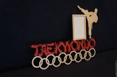 Купить Медальница - комбинированный, медальница, медальница из дерева, вешалка для медалей, для медалей, лазерная резка, фоторамка