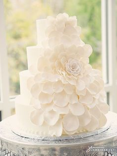 Beautiful all white petal cake #wedding #cake (Donut Wedding Cake)