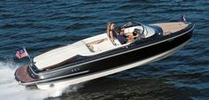 Capri Series | Chris-Craft Boats