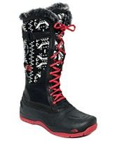 winterboots,fur,lace pattern and black pattern around