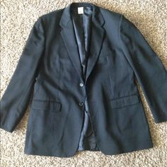Cintas Black Mens Blazer Label not on blazer, great quality. Husband is around size XL (6'2-slim) and this is a little big on him. Shoulder pads.  Pet free and smoke free home CINTAS Jackets & Coats Blazers