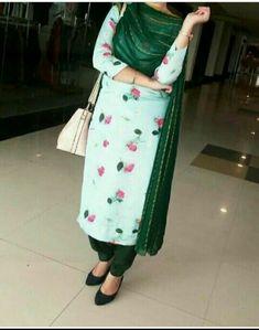 Patiala Salwar Suits, Salwar Suits Party Wear, Salwar Designs, Kurti Neck Designs, Designer Punjabi Suits, Indian Designer Wear, Ladies Suits Indian, Embroidery Suits Punjabi, Kurti Sleeves Design