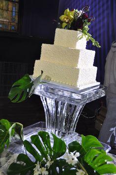 Square Top Ice Cake Pedestal