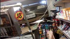 Blog Paulo Benjeri Notícias: Veículo invadiu loja de conveniência em Petrolina