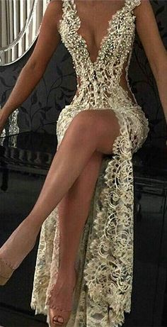 Sexy Lace Evening Gowns 2018 Sleeveless Beading Split Popular Prom Dresses