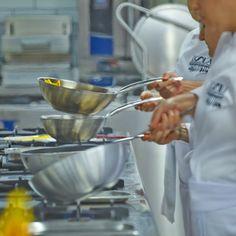 """Kendi restoranını veya yiyecek içecek - işletmesini açmak isteyen girişimcilerin gerek mutfak sanatları gerekse yönetim yetkinliklerini geliştirdikleri 10,5 aylık program """"Girişimcilere Özel Aşçılık Ve İşletme Yönetimi"""" #USLA'da! Detaylar için http://www.usla.com.tr/egitimler/profesyonel-ascilik/ #USLA #USLAakademi #pastacılıkokulu #Aşçılık #aşçılıkokulu #pastacılık #gelecek #eğitim #education #mutfak #kitchen #academy #dünyamutfağı #workshop #gastronomi #AmericanHospitalityAcademy"""