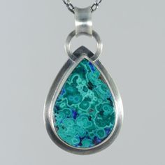 Hey, I found this really awesome Etsy listing at https://www.etsy.com/listing/271389758/malachite-and-azurite-teardrop-pendant
