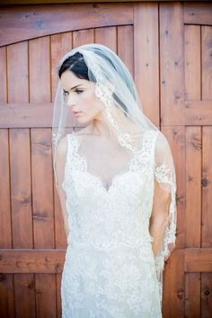 Wedding veil trimmed in alencon lace by Justine M Couture