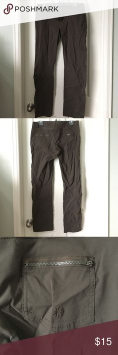 Athlete Hiking Pants- excellent condition Worn twice and in line New condition!  Size 10- 32 inch waist and 30 inch inseam.   Five pockets and just the right amount of stretch for easy movement.   Wrinkles from being in storage. Athleta Pants Straight Leg