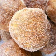 4 Ingredient Cinnamon Sugar Biscuits | Beat Bake Eat Sugar Biscuits Recipe, Sweet Biscuit Recipe, Biscuit Dessert Recipe, Grand Biscuit Recipes, Cinnamon Biscuits, Flaky Biscuits, Canned Biscuits, Dessert Recipes, Desserts