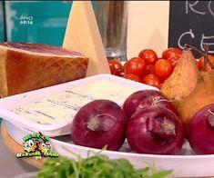 Prăjitura cu ciocolată, cremă de frișcă și vișine din compot   Deserturi Prosciutto, Pizza, Apple, Food, Apple Fruit, Essen, Meals, Yemek, Apples
