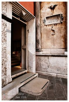 Entrance of the Department of Literature and Philosophy at the University of Venice #02 | Flickr - Photo Sharing!