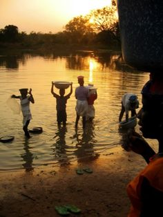 Photos of Rural life in Ghana, West Africa: Washing in a Dam, Ghana