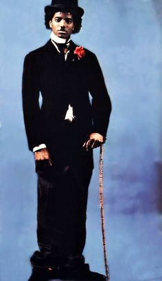 One of the pictures of Michael's Tribute to Charlie Chaplin, in 79. More images and info here: http://www.mjworld.net/news/2014/04/16/michaels-tribute-to-charlie-chaplin/ -- Carla Mmjking