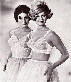 Lançamentos | Blog da Zanotti S.A. | Página 31 Nos 50, com o advento do nylon, as peças ficam mais sedutoras e conquistam as estrelas de Hollywood.