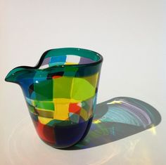 サイズ 約10cm×約8cm×約9.5cm重量 約220g素材 ガラス個性的な父の日のプレゼントに最適。モザイク模様の水差し(お酒注ぎ... ハンドメイド、手作り、手仕事品の通販・販売・購入ならCreema。