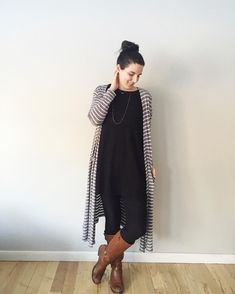 Gray and white striped LuLaRoe Sarah with a black LuLaRoe Carly and Black LuLaRoe Leggings. For more outfit inspiration follow @lularoechristinamoodie on instagram or join the LuLaRoe Christina Moodie Shop on Facebook! https://www.facebook.com/groups/lularoechristinamoodieshop/