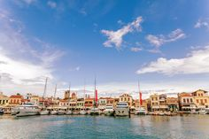 Spend a night on your sailing holiday at a pretty harbour on Aegina Island.