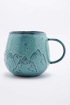 Becher mit Gebirgedesign