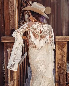 The ultimate Boho bridal Designer Rue de Seine have a beautiful new collection Moonrise Canyon. Take a sneak peek at their beautiful Boho bridal gowns. Lace Bridal, Bridal Style, Bridal Gowns, Wedding Gowns, Rose Wedding, Forest Wedding, Woodland Wedding, Western Wedding Dresses, Bohemian Wedding Dresses