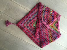 Granny-shawl Blouse Designs, Shawl, Fashion, Moda, Fashion Styles, Fashion Illustrations, Veils, Paisley