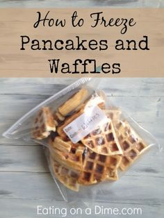 How to Freeze Pancakes and Waffles - Use my homemade pancake/waffle mix recipe too and you can save over off the store bought waffles and pancakes! Freeze Pancakes, Frozen Waffles, Breakfast Waffles, Pancakes And Waffles, Breakfast Recipes, Frozen Breakfast, Waffle Mix Recipes, Pancake Recipes, Do It Yourself Food