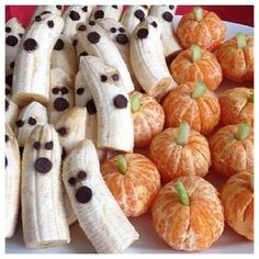 Such a great idea for kids Halloween snacks!