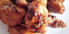 Préparation : Faire sauter le poulet dans un tout petit peu de matière grasse (verser un filet d\\\'huile dans la poêle et l\\\'essuyer avec une feuille d\\\'essuie tout par exemple) Eplucher l\\\'ail, les oignons et les échalotes et tout émincer en petits dés. Quand le poulet est doré, l\\\'enlever de ...