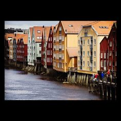 The river 'Nidelven' in Trondheim.  Photo: CH/www.visitnorway.com