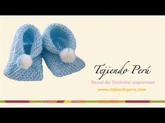 Dos agujas: cómo tejer zapatitos para bebés de dos cuadrados - YouTube Crochet Baby, Knit Crochet, Baby Staff, Baby Hats Knitting, Baby Boots, Crochet Videos, Knitting Projects, Couture, Knitwear