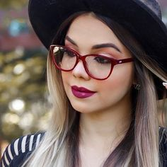 Image may contain: one or more people, sunglasses, hat, closeup and outdoor Camilla Amaral, Nice Glasses, Eyeglasses, Girl Fashion, Frames, Instagram, People, Image, Outdoor