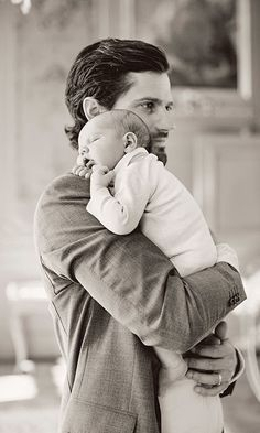 Prince Carl Philip of Sweden celebrates his birthday. Prince Carl Philip, Princess Sofia Hellqvist and Prince Alexander new photos. Princess Sofia Hellqvist wore Tiger of Sweden Juanz Trouser, H&M-Frilled blouse, Lindex Short sleeve dress