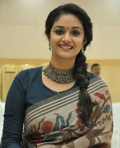 Gorgeous Keerthy Suresh In Silk Saree Fancy Blouse Designs, Cotton Saree Blouse Designs, Sari Blouse, Blouse Patterns, Indian Beauty Saree, Indian Sarees, Silk Sarees, Indian Gowns, Indian Attire