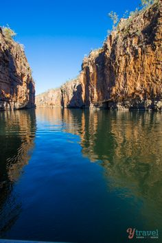 Visit the amazing Katherine Gorge on a road trip through the Northern Territory of Australia