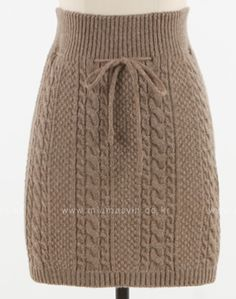 New knitting skirt pattern 40 Ideas Designer Knitting Patterns, Knitting Designs, Knitting Patterns Free, Knit Patterns, Crochet Skirts, Knit Skirt, Knit Crochet, Skirt Pattern Free, Knit Fashion