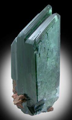 Vivianite - Tomokoni Adit, near Canutillos Mine, Potosi Department, Bolivia Minerals And Gemstones, Crystals Minerals, Rocks And Minerals, Stones And Crystals, Cool Rocks, Beautiful Rocks, Mineral Stone, Rocks And Gems, 90 Degrees
