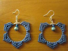 Macrame earrings. Pendientes en macramé.