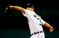 Verlander Looks Comfortable In Spring Debut, Which Should Scare People