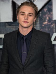 'X-Men: Apocalypse' Archangel Ben Hardy Joins 'Granite Mountain' Hotshot Crew