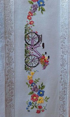 This Pin was discovered by Nur Towel Embroidery, Ribbon Embroidery, Cross Stitch Embroidery, Embroidery Patterns, Cross Stitch Designs, Cross Stitch Patterns, Techniques Couture, Cross Stitch Flowers, Cross Stitching