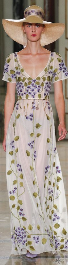 Get inspired and discover Luisa Beccaria trunkshow! Shop the latest Luisa Beccaria collection at Moda Operandi. Luisa Beccaria, Spring Fashion, High Fashion, Fashion Show, Fashion Design, Milan Fashion, Runway Fashion, Women's Fashion, Fashion Trends
