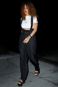 51 Best Rihanna s look book images  c6a4cb1a00f4
