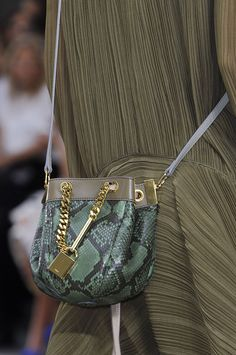 Le Sac, C& Chic: The Best Bags from Paris Fashion Week Spring Chloé Spring 2014 My Bags, Purses And Bags, Leather Crossbody Bag, Leather Bag, Bags 2014, Beautiful Handbags, Best Bags, Green Bag, Dali